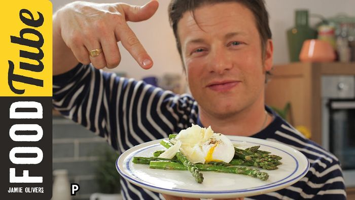 How to make perfect poached eggs – 3 ways: Jamie Oliver