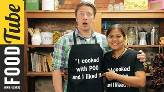 Thai massaman curry: Jamie Oliver & Poo