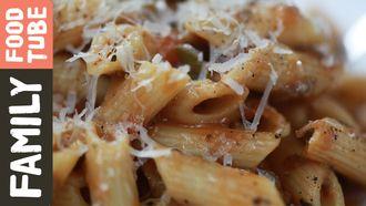 Hidden veg pasta sauce: Kerryann Dunlop