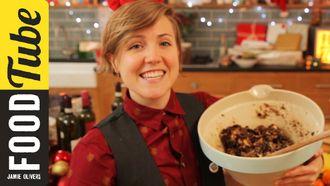 Christmas cake chaos: Hannah Hart