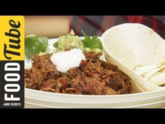 Slow & low chilli con carne: Jamie Oliver